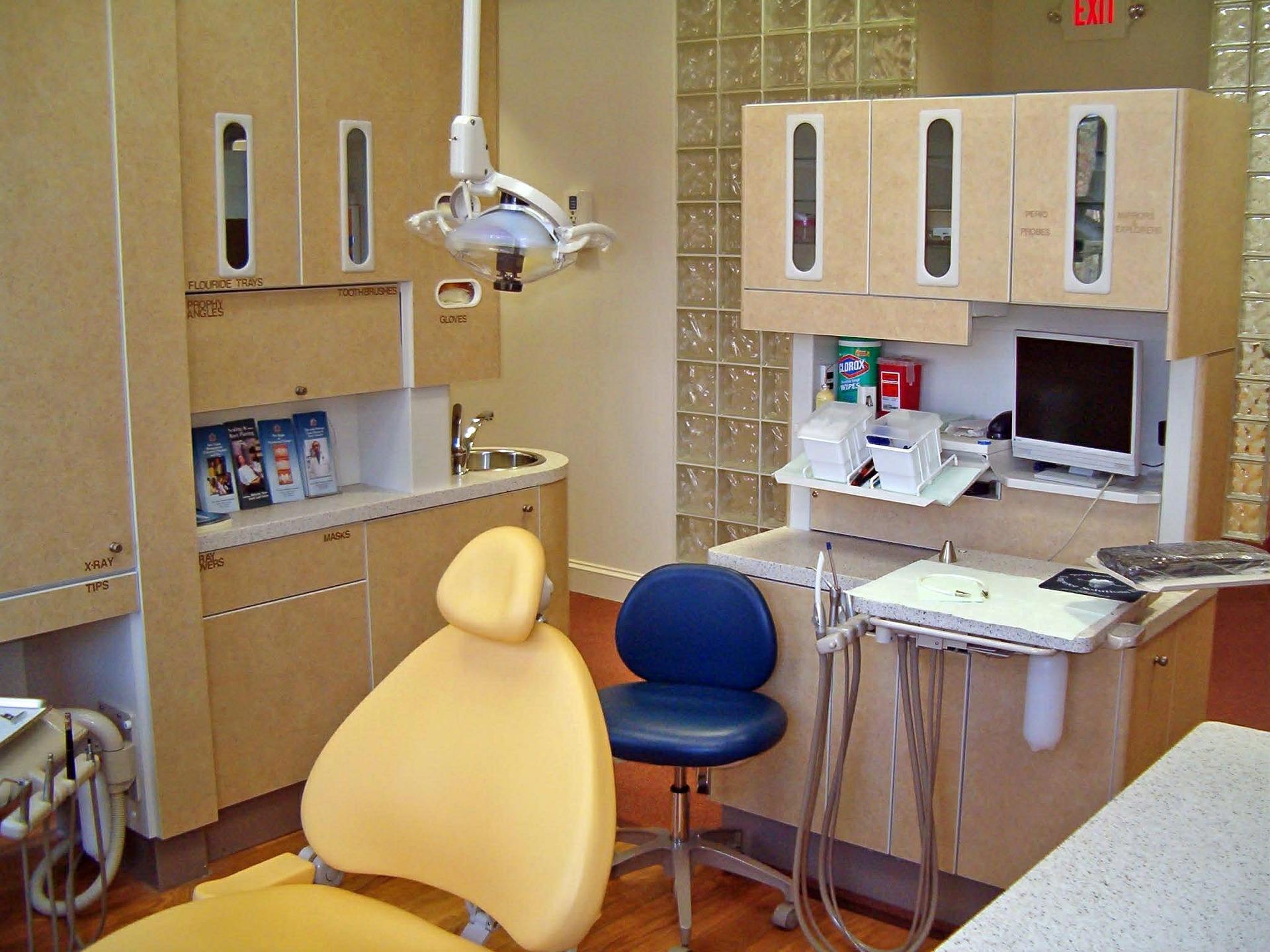especialidades odontologia ¿Qué especialistas componen un equipo de odontólogos?